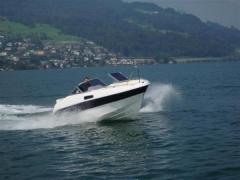 Ocean Master 601 bow rider